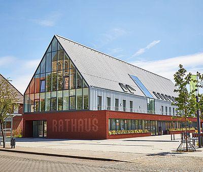 Das moderne Rathaus in Ostbevern